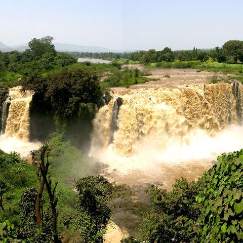 Allumfassende Aussicht auf die Tisissat Wasserfälle des Blauen Nils, Äthiopien