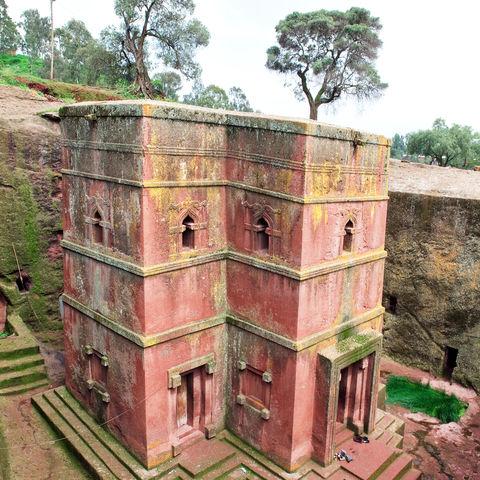 Rosafarbene Felsenkirche: Kreuzkirche des Heiligen Georg, Lalibela, Äthiopien