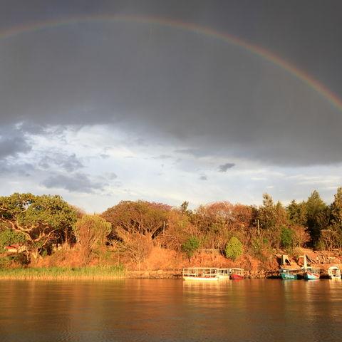 Regenbogen über dem Tana-See, Äthiopien