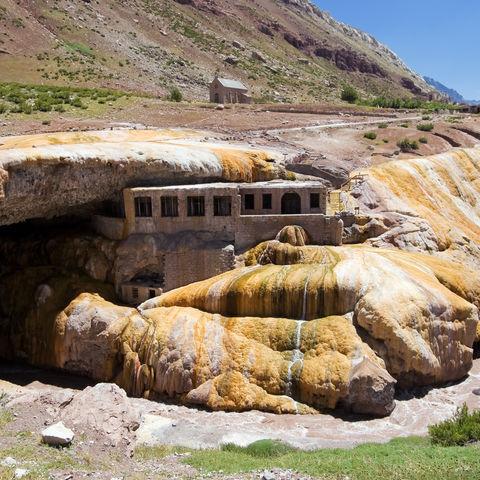 Die Brücke der Inkas bei Mendoza, Argentinien