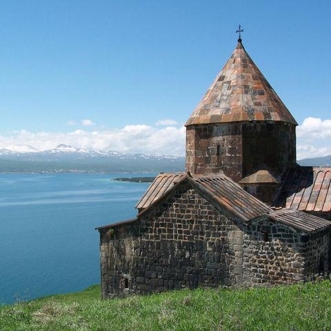 Am wunderschönen Sewansee gelegen: Sewanawank Kloster, Armenien