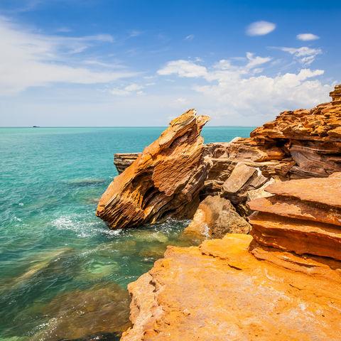 Türkises Wasser & felsige Küste: Broome, Westaustralien, Australien