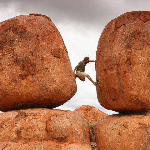 Spielplatz des Teufels: die Devil's Marbles (Karlu Karlu) im Northern Territory, Australien