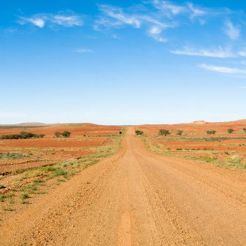 Weitläufige Straße im Outback, Australien