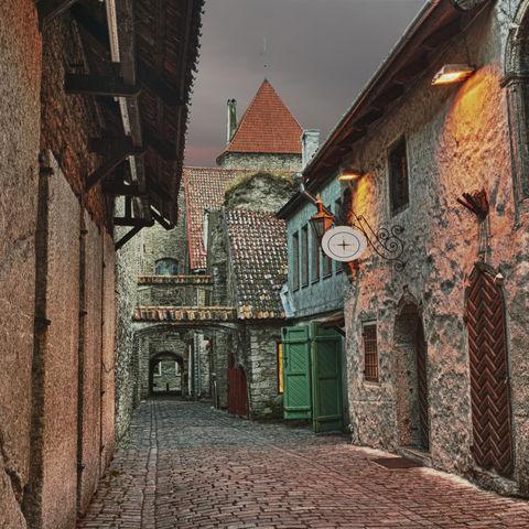 Die wohl schönste Gasse der Altstadt: Katharinenpassage, Estland, Baltikum