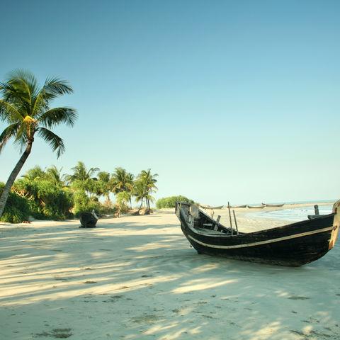 Einsamer Strand auf St. Martin, Bangladesch