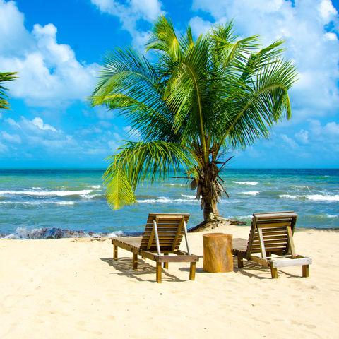 Dem Meeresrauschen lauschen: Strand von Hopkins, Belize