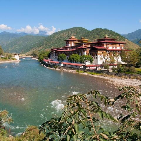 Klosterburg in Punakha am Mo-Chhu-Fluss, Bhutan