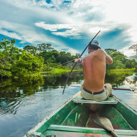 Auf Piranhajagd im Regenwald des Amazonasbeckens, Brasilien