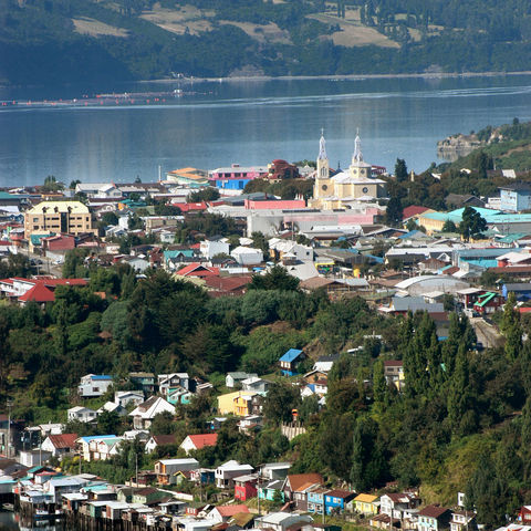 Bunte Stadt Castro auf Chiloé, Chile