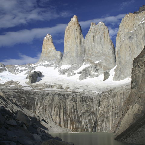 Felsige Torres Spitzen des Torres del Paine, Chile
