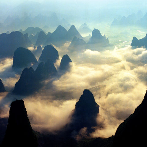 Guilin im Wolkenmeer, China