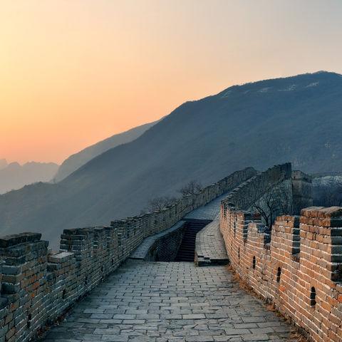 Sonnenaufgang auf der Chinesischen Mauer, China