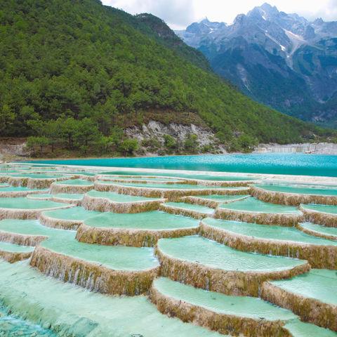 Wasserfall im Tal des Blauen Mondes, Lijiang, Yunnan, China
