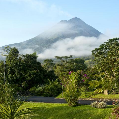 Wolken vor dem Arenal-Vulkan, Costa Rica