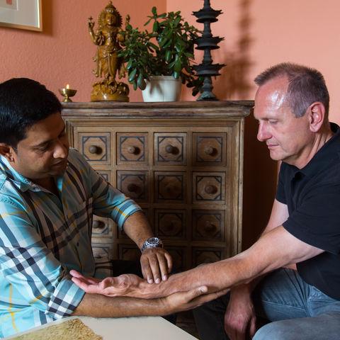 Beratungsgespräche mit dem Arzt @NEUEWEGE, Ayurveda