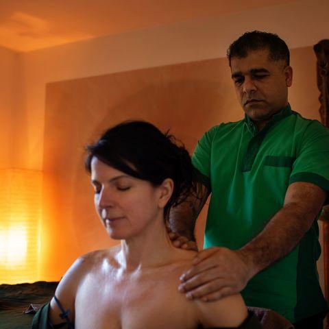 Professionelle ayurveda Massagen @NEUE WEGE, Ayurveda