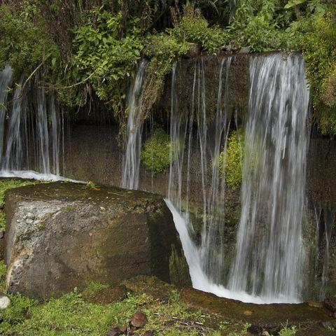 Wasserfall nahe Gudauri, Georgien