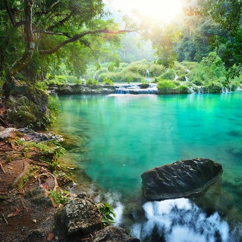 Wenn die türkisblauen Pools von Semuc Champey nicht zum Baden einladen, dann wissen wir auch nicht..., Guatemala