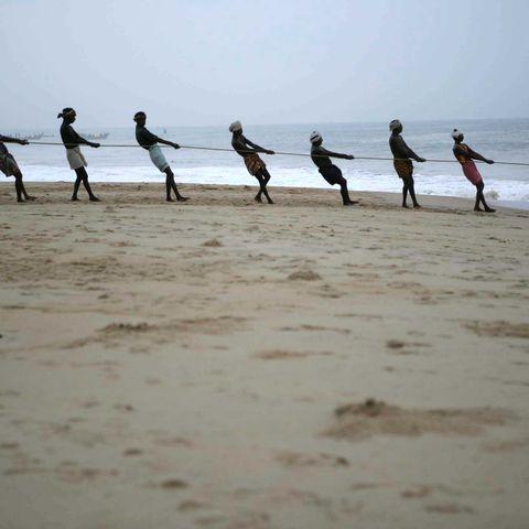 Aktionen am Strand des Resorts, Indien