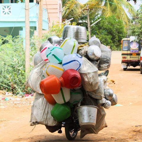 Fahrender Topf-Verkäufer, Indien