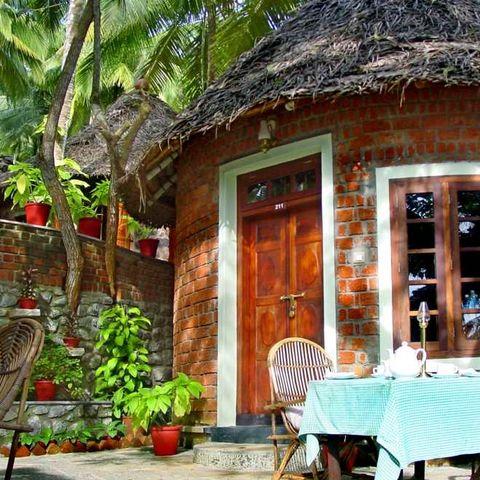 Bungalow in typisch südindischer Bauweise, Indien