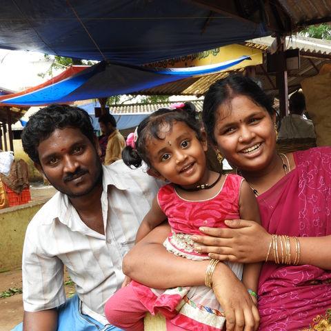 Eine Familie auf dem Markt in Cumbum © Nora Schüßler, a&e erlebnisreisen