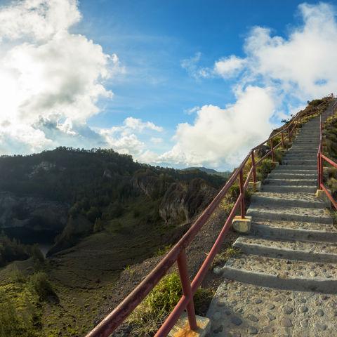 Aufstieg zum Kelimutu Vulkan, Indonesien