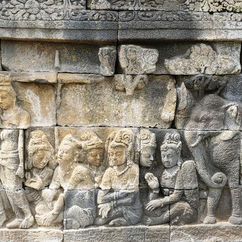 Reliefs im Borobudur-Tempel, Indonesien