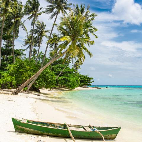 Angekommen am Traumstrand, Insel Karimunjawa, Java, Indonesien