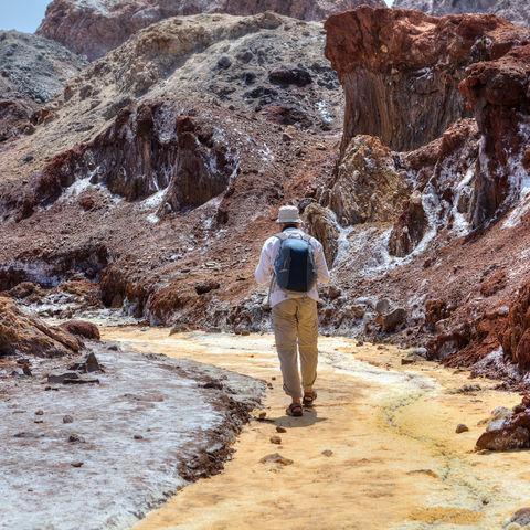 Wanderung auf der Felseninsel Hormus, Iran