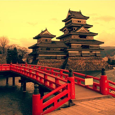 Eine der ältesten japanischen Burgen - Matsumoto-jo, Japan