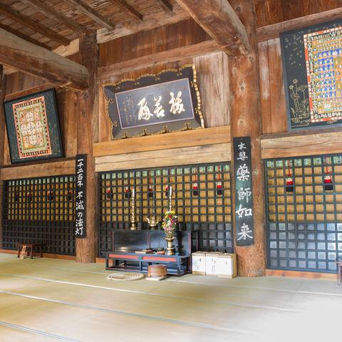 Das Zuhause von Tempelmönchen: Der in den Bergen versteckte Yamadera Tempel, Japan