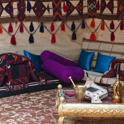 Ein luxuriös ausgestattetes Beduinenzelt, Jordanien