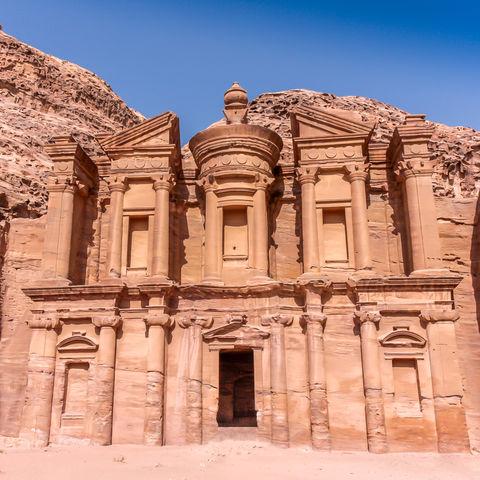 Der 40-minütige Aufstieg lohnt sich: Kloster Ad Deir, Petra, Jordanien