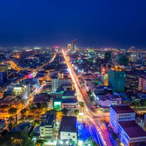 Hauptstadt bei Nacht: Phnom Penh, Kambodscha