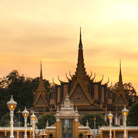 Dämmerung über dem Königspalast, Kambodscha