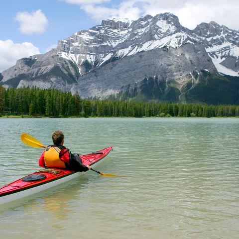 Kajakfahrt im Banff-Nationalpark, Kanada