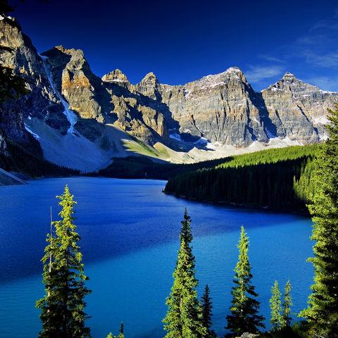 Der Moraine Lake im Banff-Nationalpark, Kanada