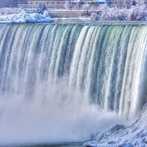 Die Niagara-Fälle im Winter, Kanada
