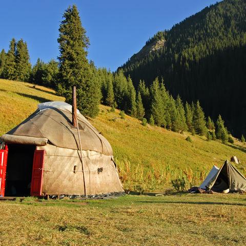 Gemütliche Jurte in der Idylle, Kirgistan