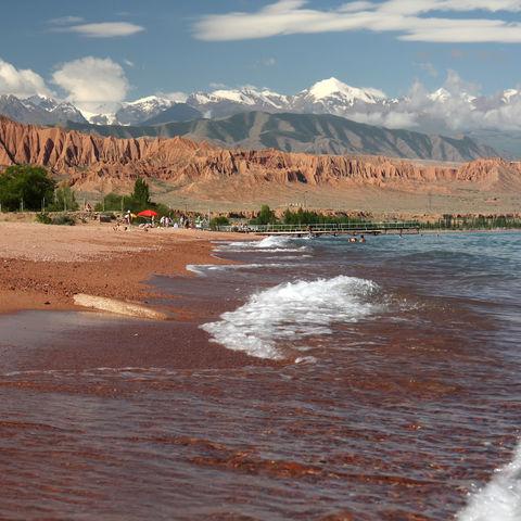 Ufer des Issyk-Kuls, Kirgistan