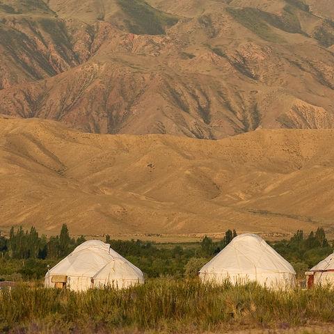 Abenddämmerung über dem Hurtencamp, Kirgistan