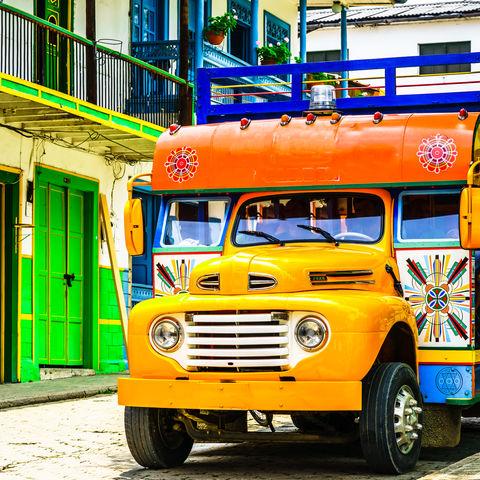So sieht also einer dieser für Lateinamerika typischen Chicken Busse aus, Jericó, Kolumbien
