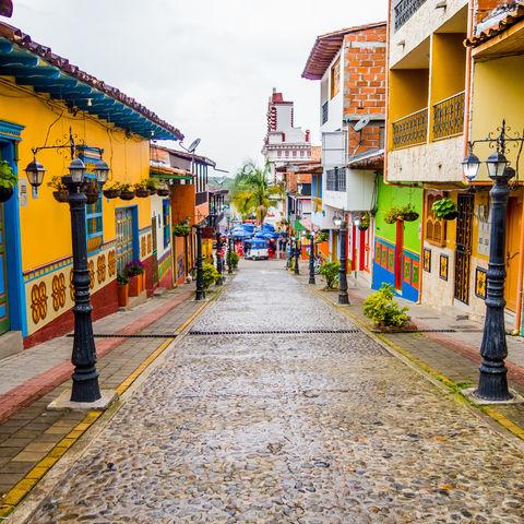 Das vielleicht bunteste Dorf Kolumbiens?: Guatapé, Kolumbien