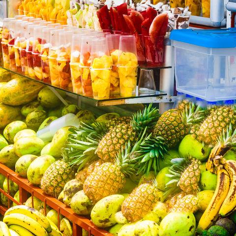 Hmmmm... heute wird Obsttag eingelegt!, Markt von Salento, Kolumbien