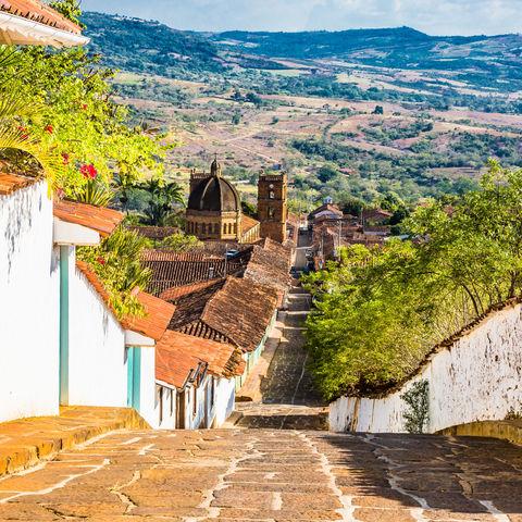 Jedes Straßeneck bietet eine spektakulärere Aussicht: Barichara, Kolumbien