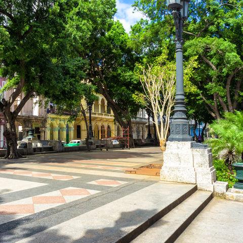 Hübscher Paseo del Prado in Havanna, Kuba