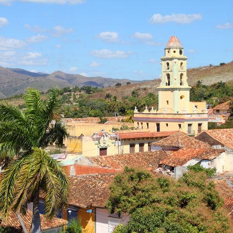 """Alte Kolonialstadt Trinidad, eingebettet ins """"Tal der Zuckermühlen"""
