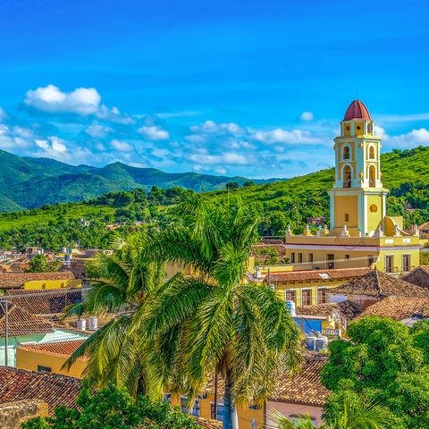 Das von Palmen gesäumte Kolonialstädtchen Trinidad, Kuba